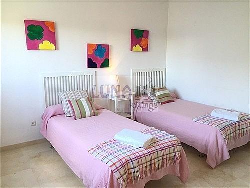 Piso en alquiler de temporada en calle Solana, Los Monteros-Bahía de Marbella en Marbella - 230431690