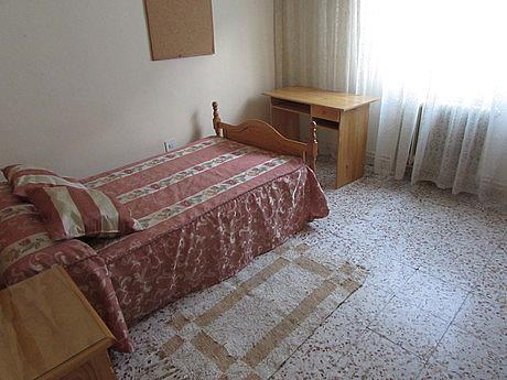 Foto - Piso en alquiler en calle Ensanchefranciscanos, Albacete - 254771701