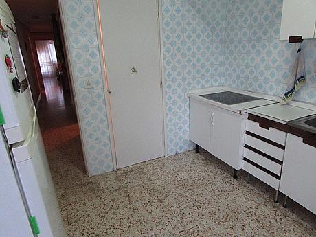 Foto - Piso en alquiler en calle Ensanchefranciscanos, Albacete - 254771710