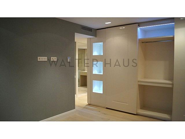 Habitación suite - Piso en alquiler en Les Tres Torres en Barcelona - 279835568