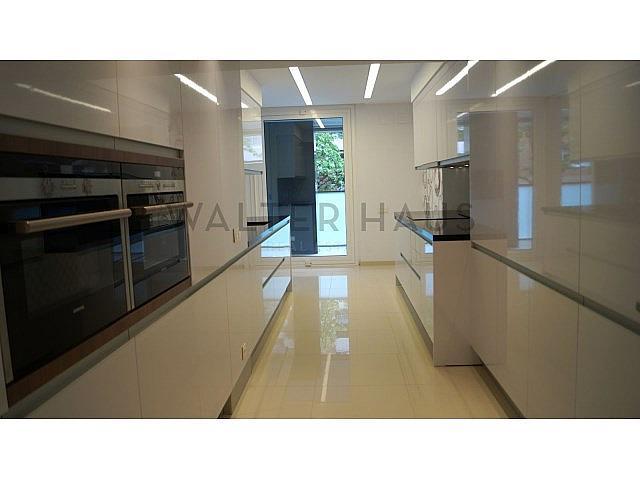 Cocina - Piso en alquiler en Les Tres Torres en Barcelona - 279835604