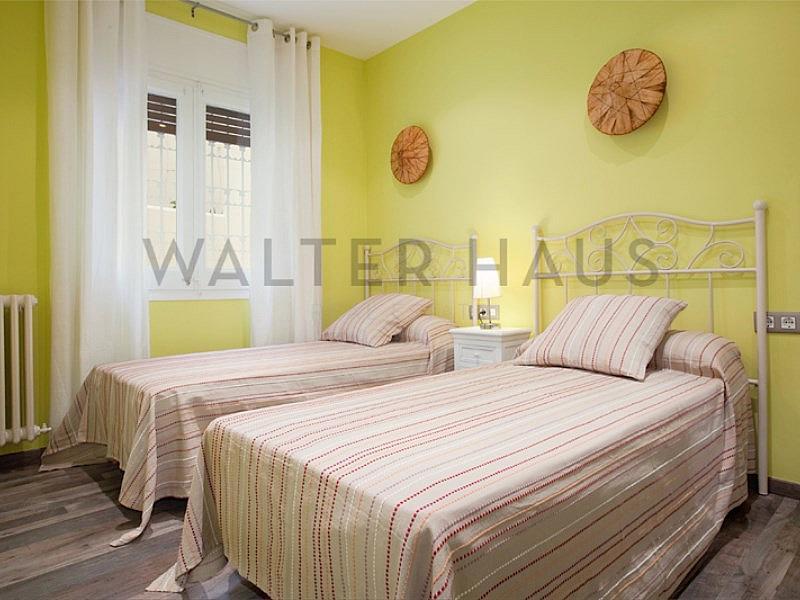 Dormitorio - Piso en alquiler en Ciutat vella en Barcelona - 315417371