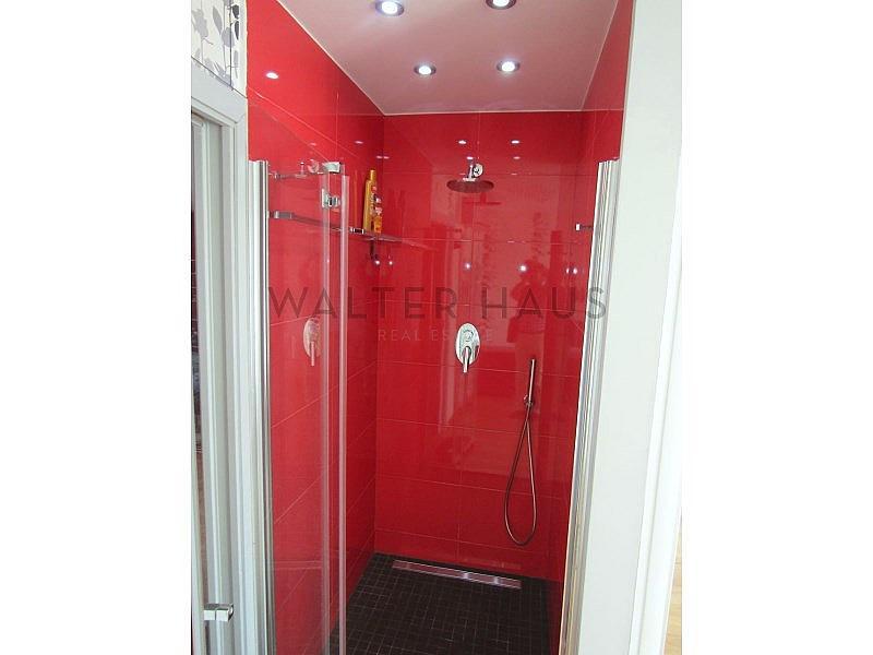 Baño con Ducha - Piso en alquiler en Les Tres Torres en Barcelona - 316105329