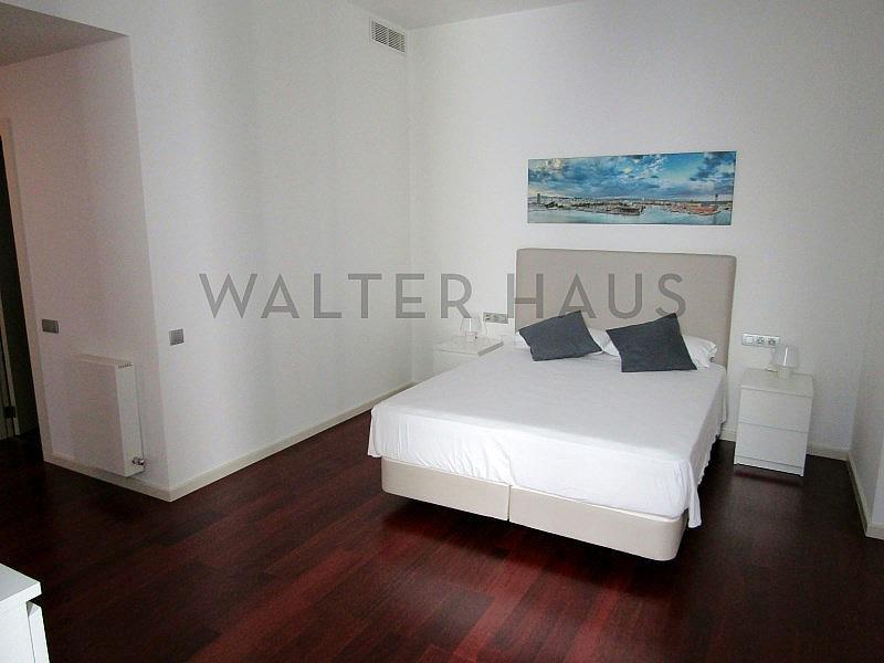Habitación - Piso en alquiler en El Gótic en Barcelona - 320933975