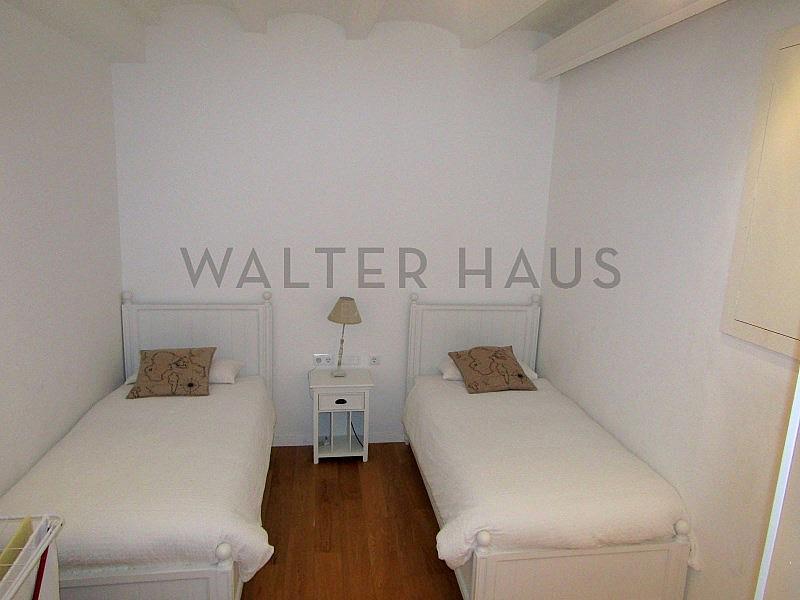 Habitación - Piso en alquiler en El Gótic en Barcelona - 322750781