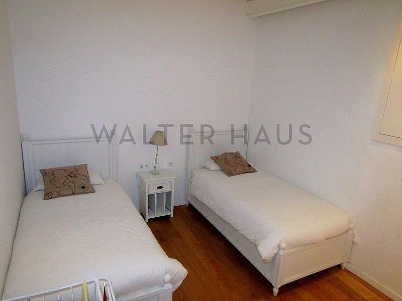 Habitación - Piso en alquiler en El Gótic en Barcelona - 322750784