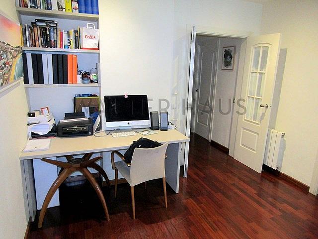 Descansillo - Piso en alquiler en Sant Gervasi – Galvany en Barcelona - 324107002