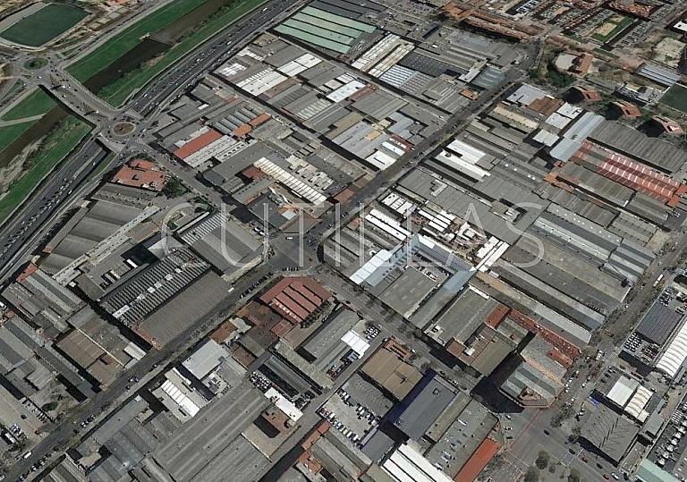 Imagen 2 - Nave industrial en alquiler en Barcelona - 267657860