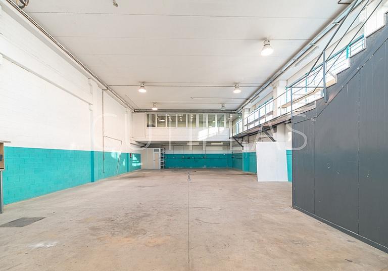 Imagen 2 - Nave industrial en alquiler en Barbera del Vallès - 293767389