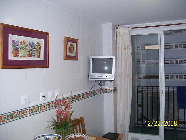 Piso en alquiler en calle Periodista Asunción Valdes, Playa de San Juan - 167836972