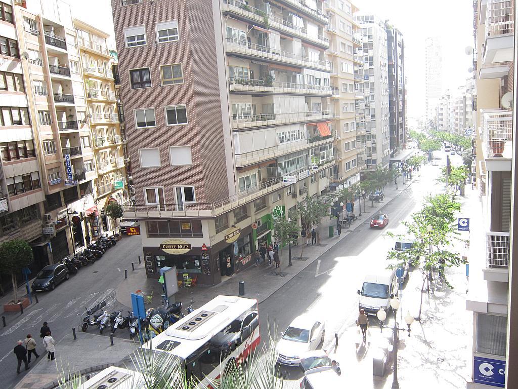 Piso en alquiler en calle Alfonso El Sabio, Centro en Alicante/Alacant - 173622111