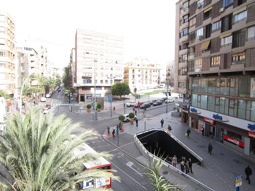 Piso en alquiler en calle Alfonso El Sabio, Centro en Alicante/Alacant - 173622147