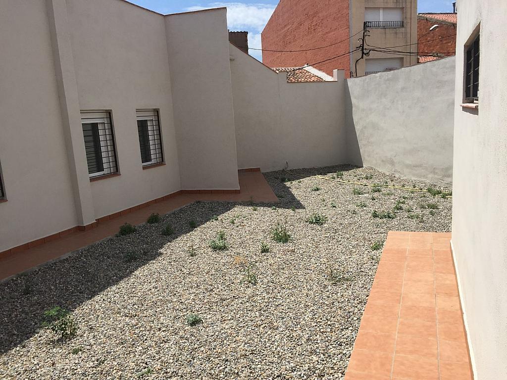 Local comercial en alquiler en calle Sarret, Sabadell - 358717645
