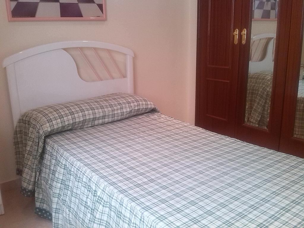 Piso en alquiler en calle La Carrera, Las Carmelitas en Vélez-Málaga - 235611728