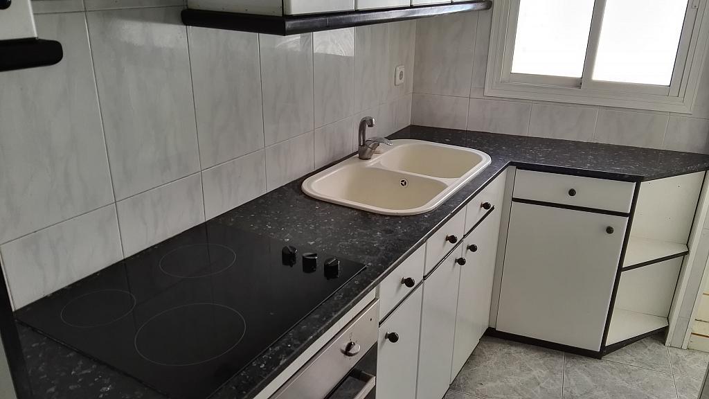 Cocina - Piso en alquiler en calle Rio de Janeiro, La Prosperitat en Barcelona - 294044987