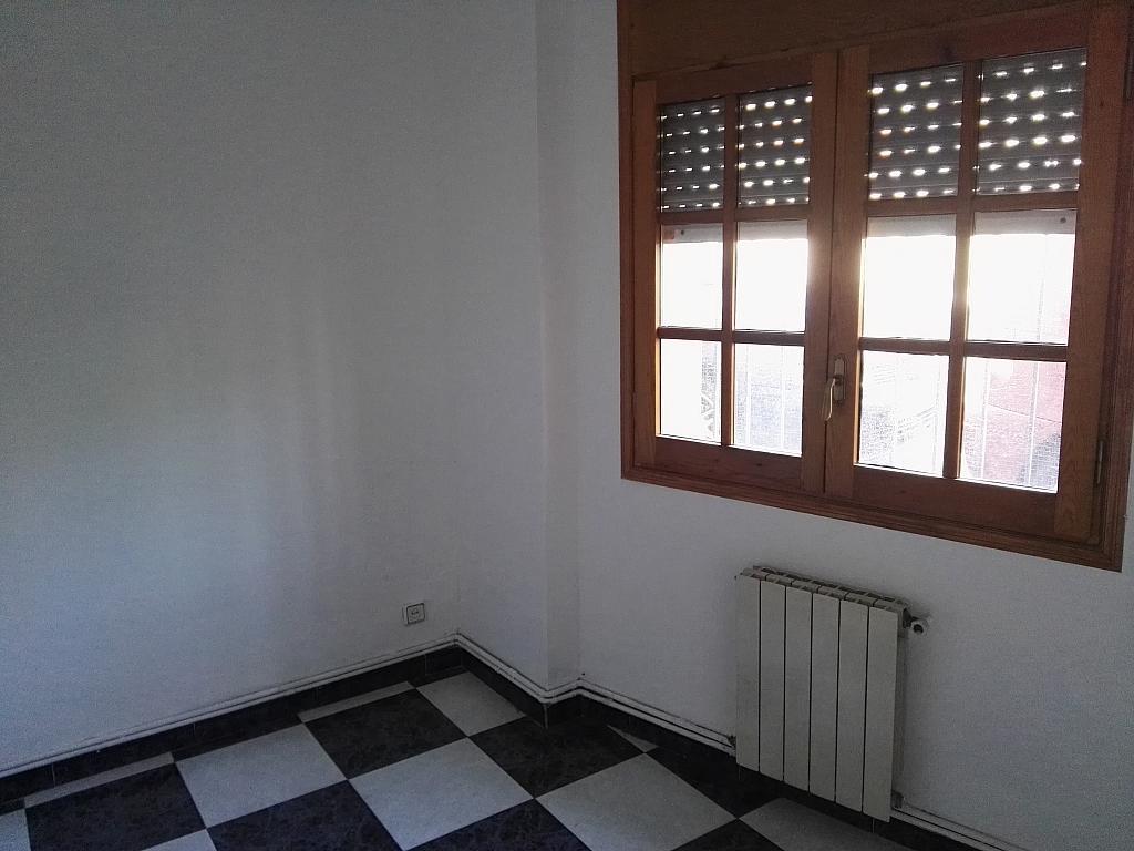 Dormitorio - Piso en alquiler en calle Balears, Singuerlín en Santa Coloma de Gramanet - 311815793