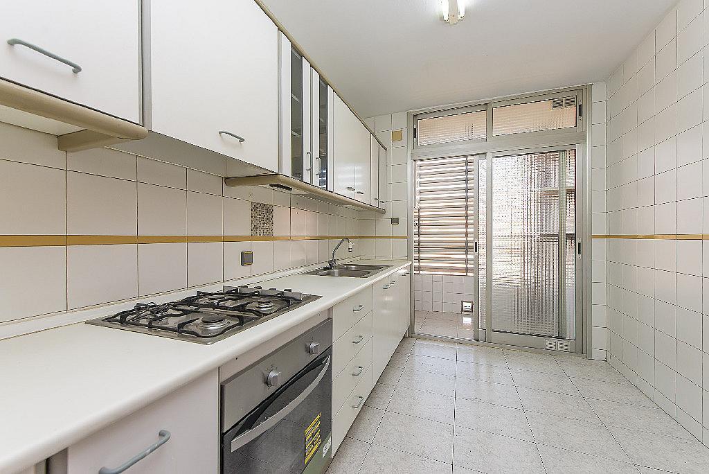 Cocina - Piso en alquiler en calle Mare de Déu del Carme, Besos mar en Sant Adrià de Besos - 326650717