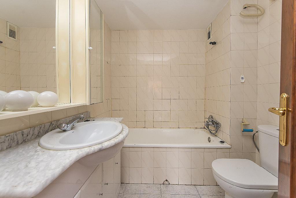 Baño - Piso en alquiler en calle Mare de Déu del Carme, Besos mar en Sant Adrià de Besos - 326650725