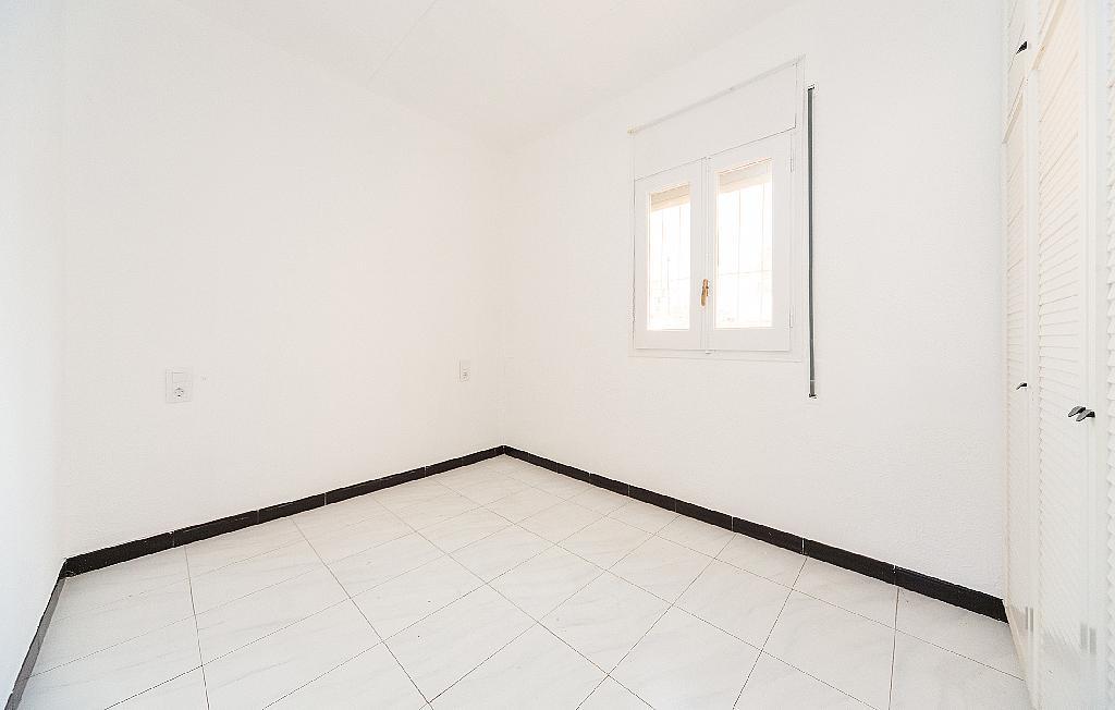 Dormitorio - Piso en alquiler en carretera La Bordeta, Hostafrancs en Barcelona - 330429871