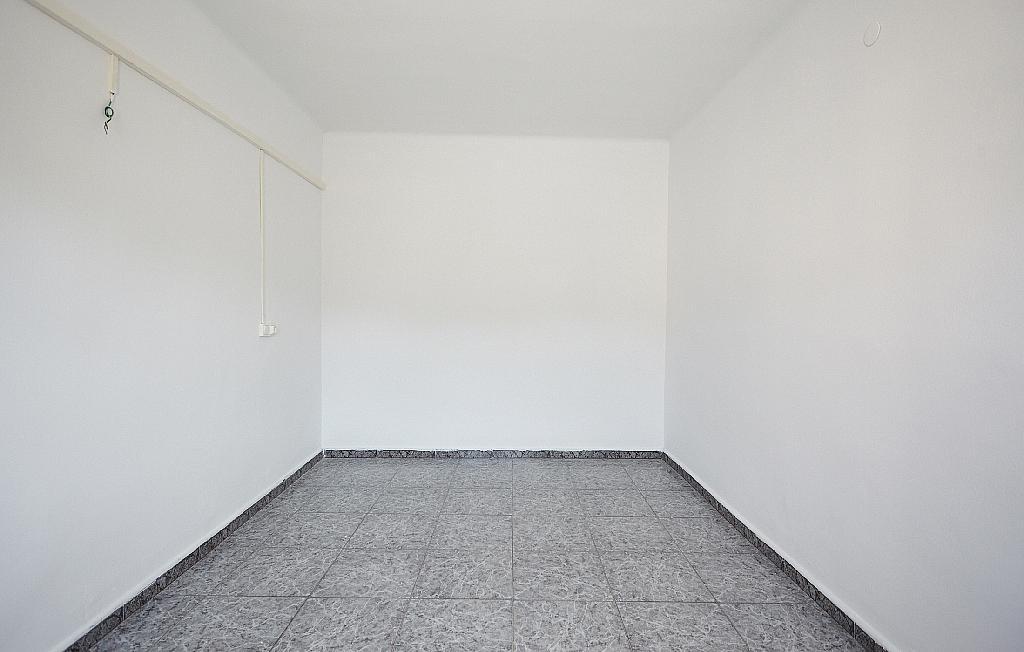 Dormitorio - Ático en alquiler en calle Casals i Cuberó, El Verdum en Barcelona - 330438863