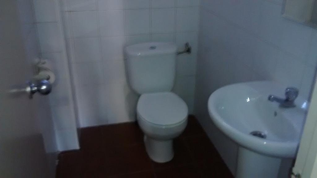 Baño - Local comercial en alquiler en Barri del Centre en Terrassa - 182638936