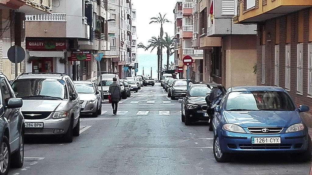 Piso en alquiler de temporada en Playa del Cura en Torrevieja - 268633547