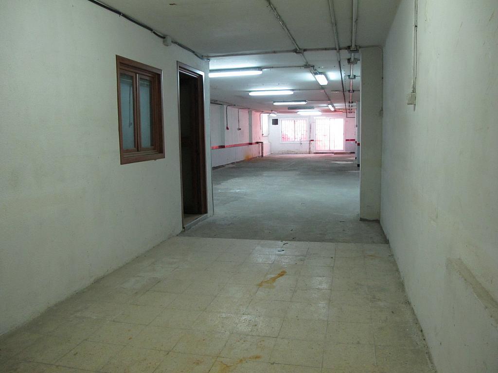 Local comercial en alquiler en calle Enrique Granados, Singuerlín en Santa Coloma de Gramanet - 215181817