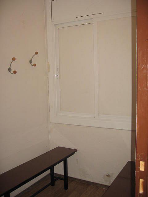 Local en alquiler en calle Joan Fernandez, Padró en Cornellà de Llobregat - 241836748