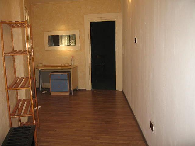 Local en alquiler en calle Joan Fernandez, Padró en Cornellà de Llobregat - 241836753