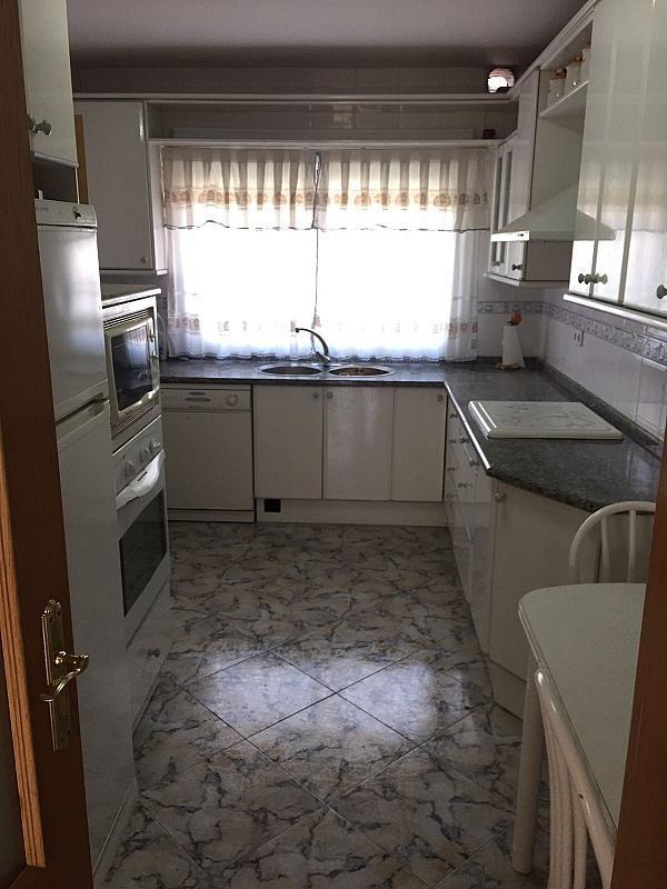 Piso en alquiler en calle Alcarria, Ensanche en Alcalá de Henares - 333108174