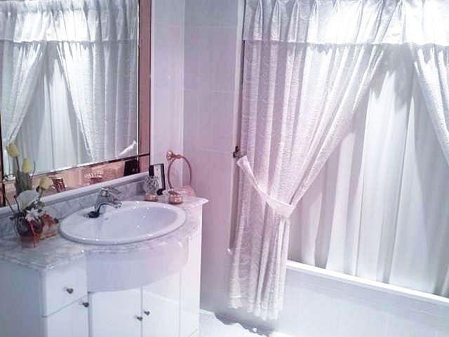 Imagen sin descripción - Casa adosada en alquiler en Chiva - 357038513