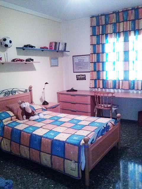 Imagen sin descripción - Casa adosada en alquiler en Chiva - 357038516