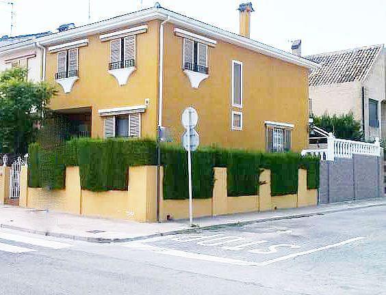 Imagen sin descripción - Casa adosada en alquiler en Chiva - 357038522