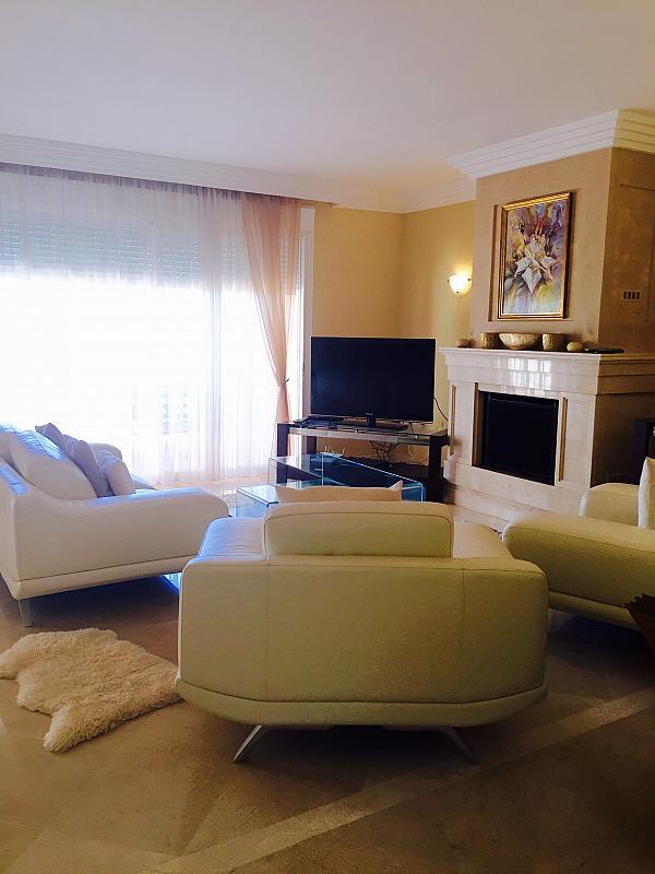 Dúplex en alquiler en calle Los Naranjos, Nueva Andalucía en Marbella - 258903750