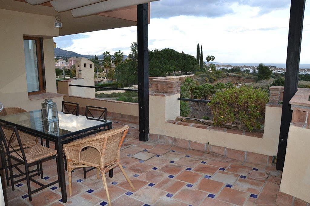Ático-dúplex en alquiler en calle Las Lomas, Marbella - 178505415
