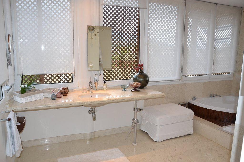 Baño - Ático-dúplex en alquiler en calle Las Lomas, Marbella - 178505554