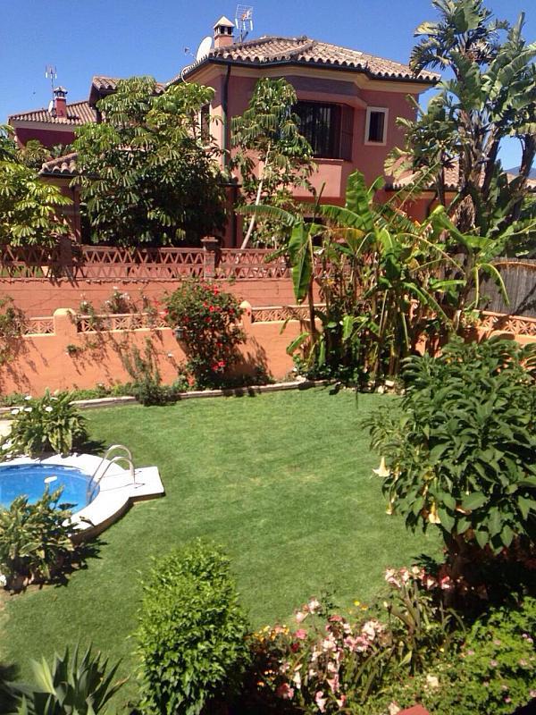 Villa en alquiler de temporada en urbanización Montecarlo, San Pedro de Alcántara - 183651556