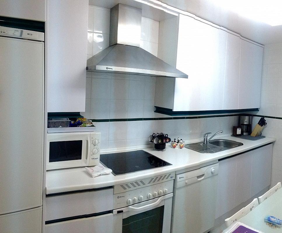 Apartamento en alquiler de temporada en calle Principe Salaman, Nueva andalucia - 183742305