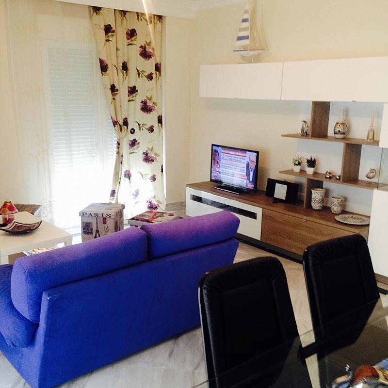 Apartamento en alquiler de temporada en calle Principe Salaman, Nueva andalucia - 183742317