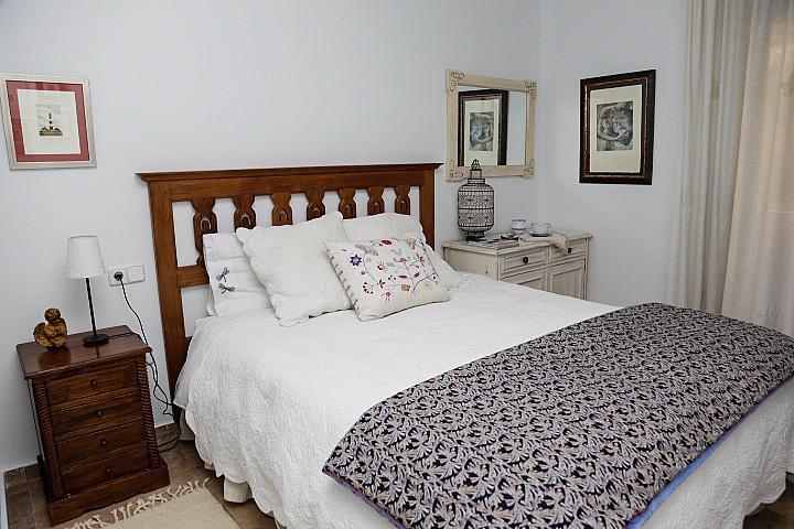 Apartamento en alquiler de temporada en calle De la Coruña, San Pedro de Alcántara - 189426016