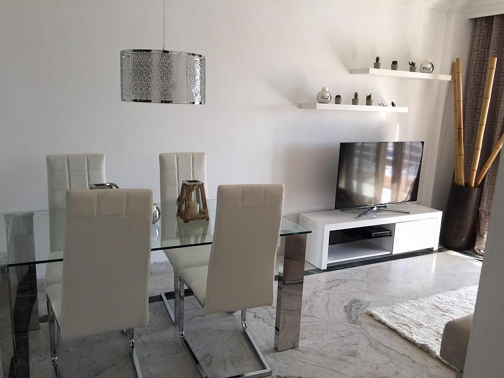 Apartamento en alquiler de temporada en plaza Marina Banús, Nueva Andalucía en Marbella - 202151583