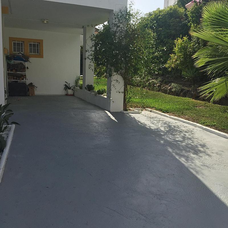 Porche - Villa en alquiler de temporada en calle Lisboa, Nueva Andalucía-Centro en Marbella - 208603125