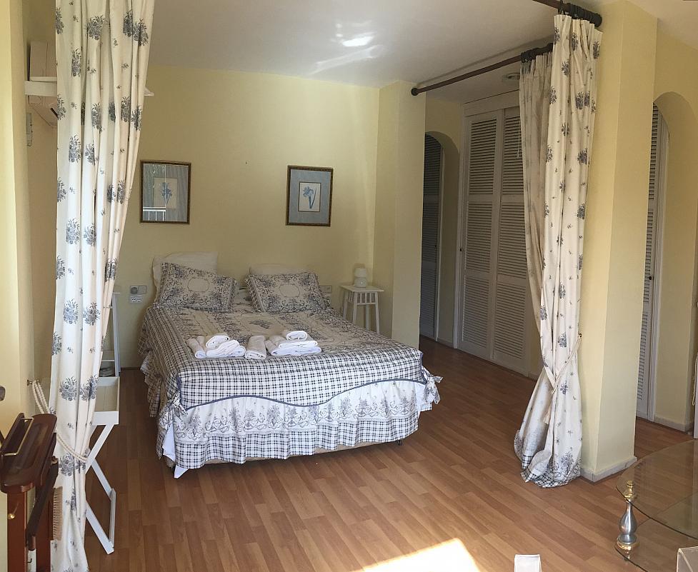 Villa en alquiler de temporada en calle Lisboa, Nueva Andalucía en Marbella - 208603133