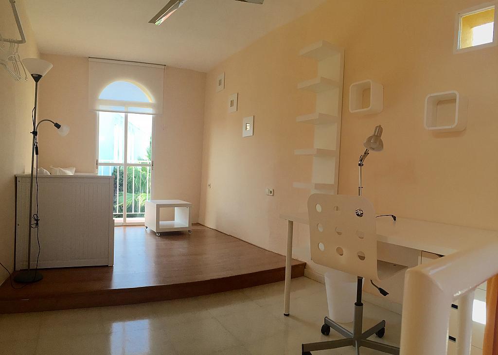 Villa en alquiler de temporada en calle Lisboa, Nueva Andalucía en Marbella - 208603139