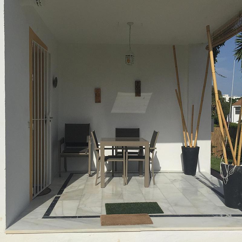 Villa en alquiler de temporada en calle Lisboa, Nueva Andalucía-Centro en Marbella - 208603218