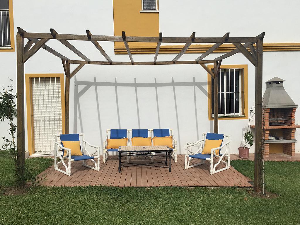 Villa en alquiler de temporada en calle Lisboa, Nueva Andalucía en Marbella - 208783834