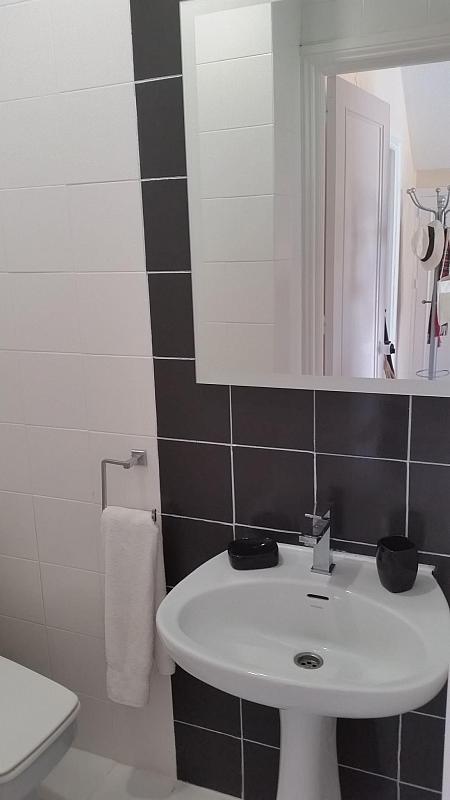 Villa en alquiler de temporada en calle Lisboa, Nueva Andalucía-Centro en Marbella - 209116829
