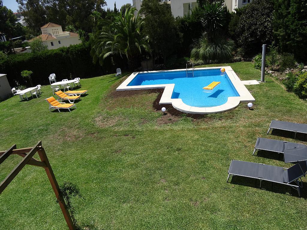 Villa en alquiler de temporada en calle Lisboa, Nueva Andalucía en Marbella - 209116854