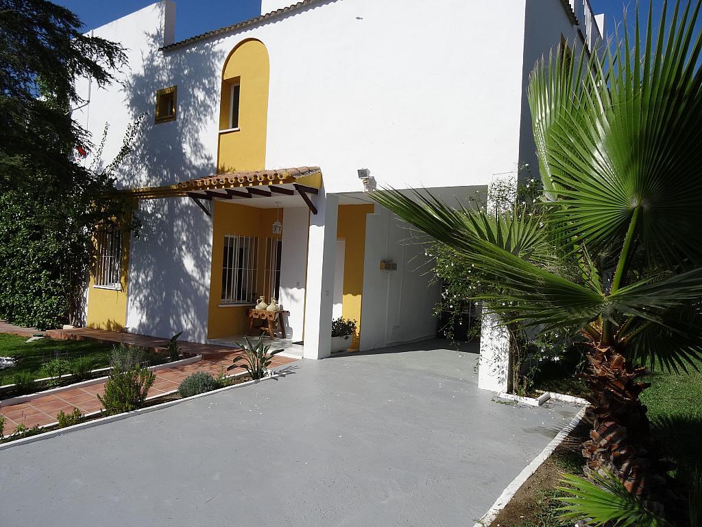 Villa en alquiler de temporada en calle Lisboa, Nueva Andalucía en Marbella - 209116867