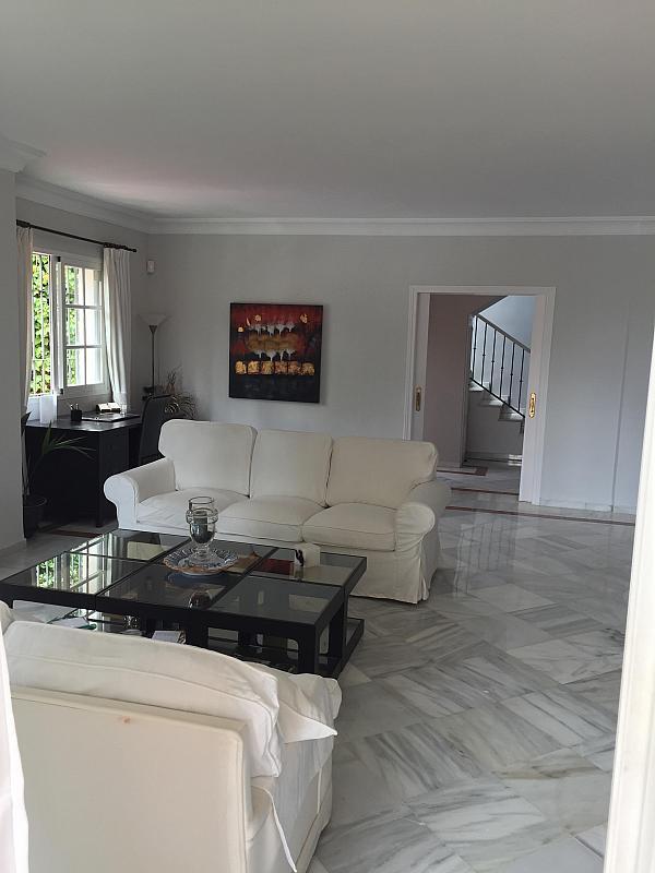 Villa en alquiler de temporada en calle Real, Nueva andalucia - 209818069